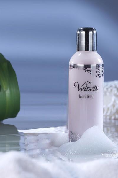 Velvets Handbad